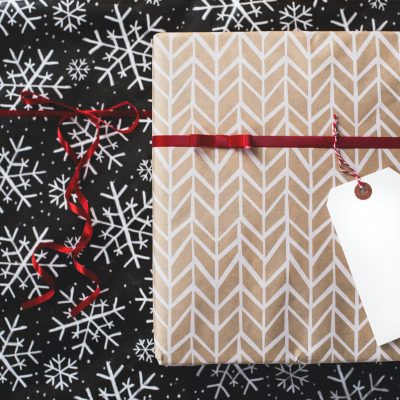 25 DIY Christmas Gifts Your Friends and Family Will Love!