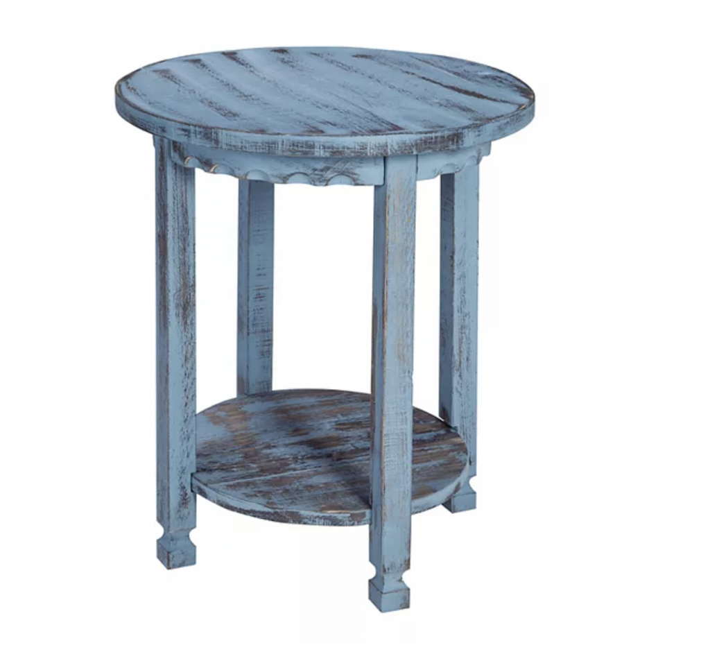 Shabby chic bedroom ideas end table