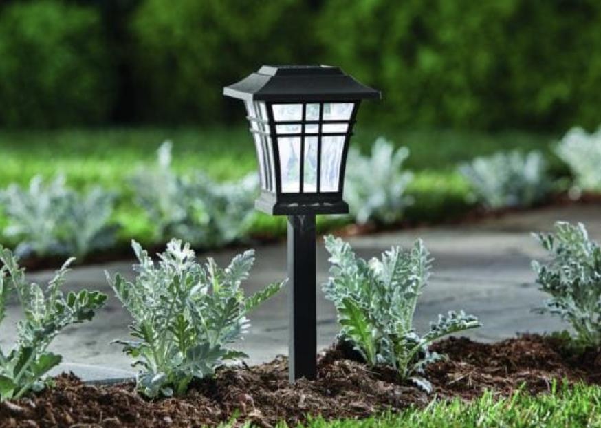 Path lighting for outdoor lighting